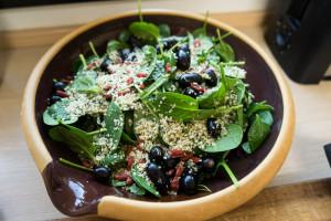Rødbede- og spinatsalat med hampefrø-9205