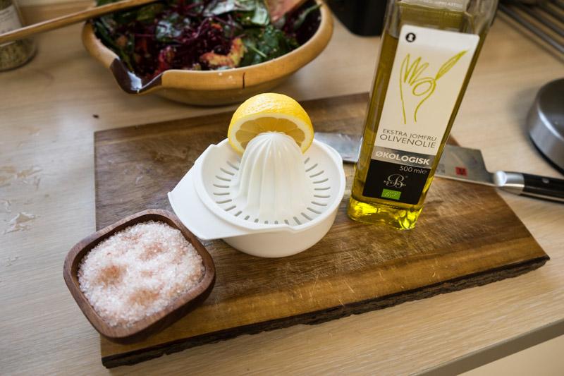 Rødbede- og spinatsalat med hampefrø-9206