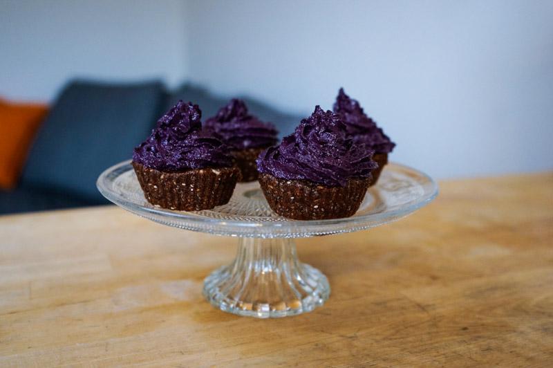 Rå superfood muffins med blåbærcreme-0093