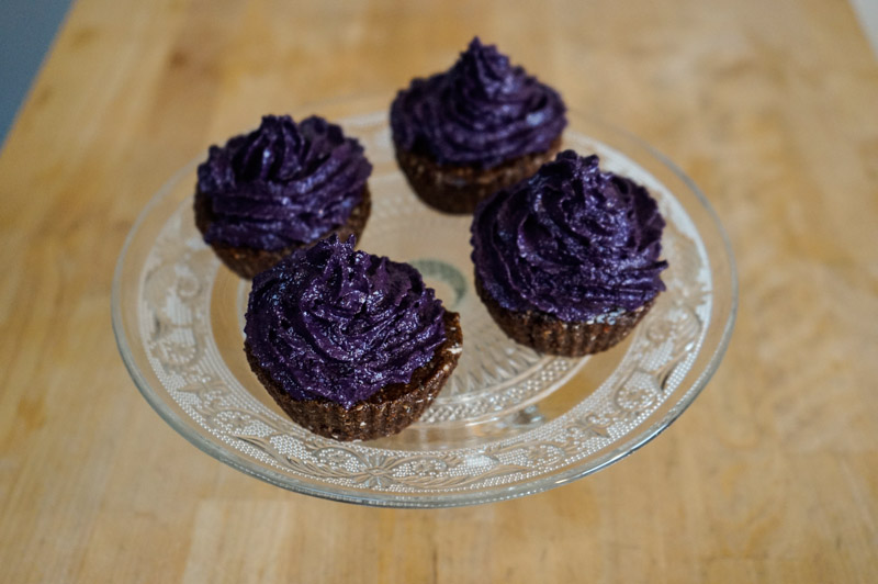Rå superfood muffins med blåbærcreme-0096