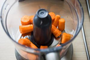 Rå gulerodskage-0858
