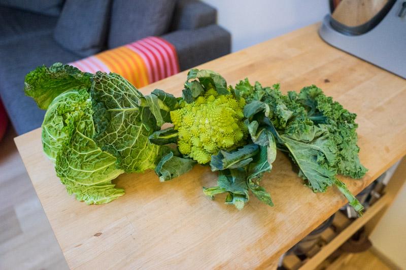 Grøn kålsalat med æble-3405