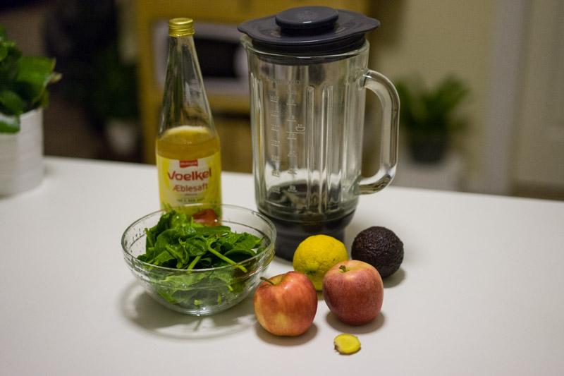 Æblesmoothie med citronskal-5197