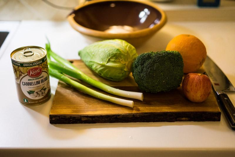 Bønnesalat med spidskål og røget paprika-5022