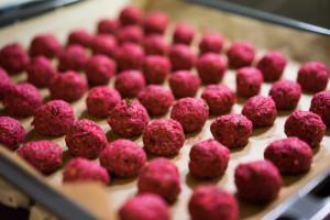 Rødbedefalafler i ovnen-5169