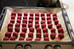 Rødbedefalafler i ovnen-5171