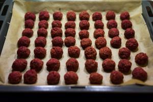 Rødbedefalafler i ovnen-5172