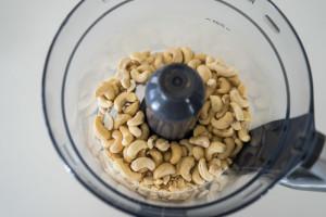 Veganske påskeæg med gurkemeje, lakrids og rødbede-5399