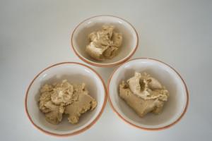 Veganske påskeæg med gurkemeje, lakrids og rødbede-5407