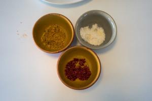 Veganske påskeæg med gurkemeje, lakrids og rødbede-5434