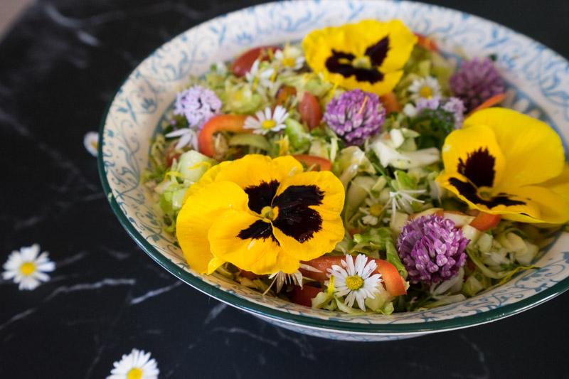 Blomstersalat - Lærke Lund