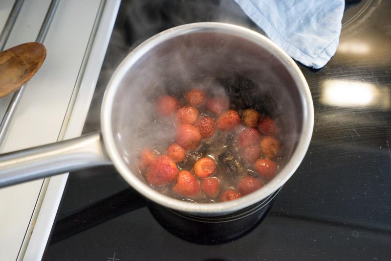 Fastelavnsboller med cashewcreme og jordbær